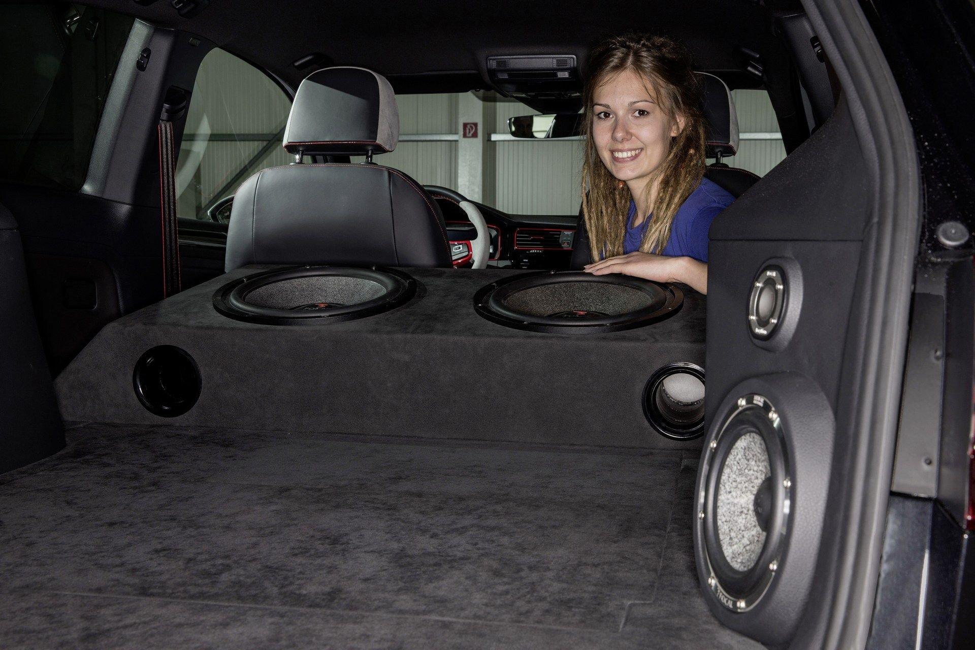 VW-Golf-GTI-Concept-13