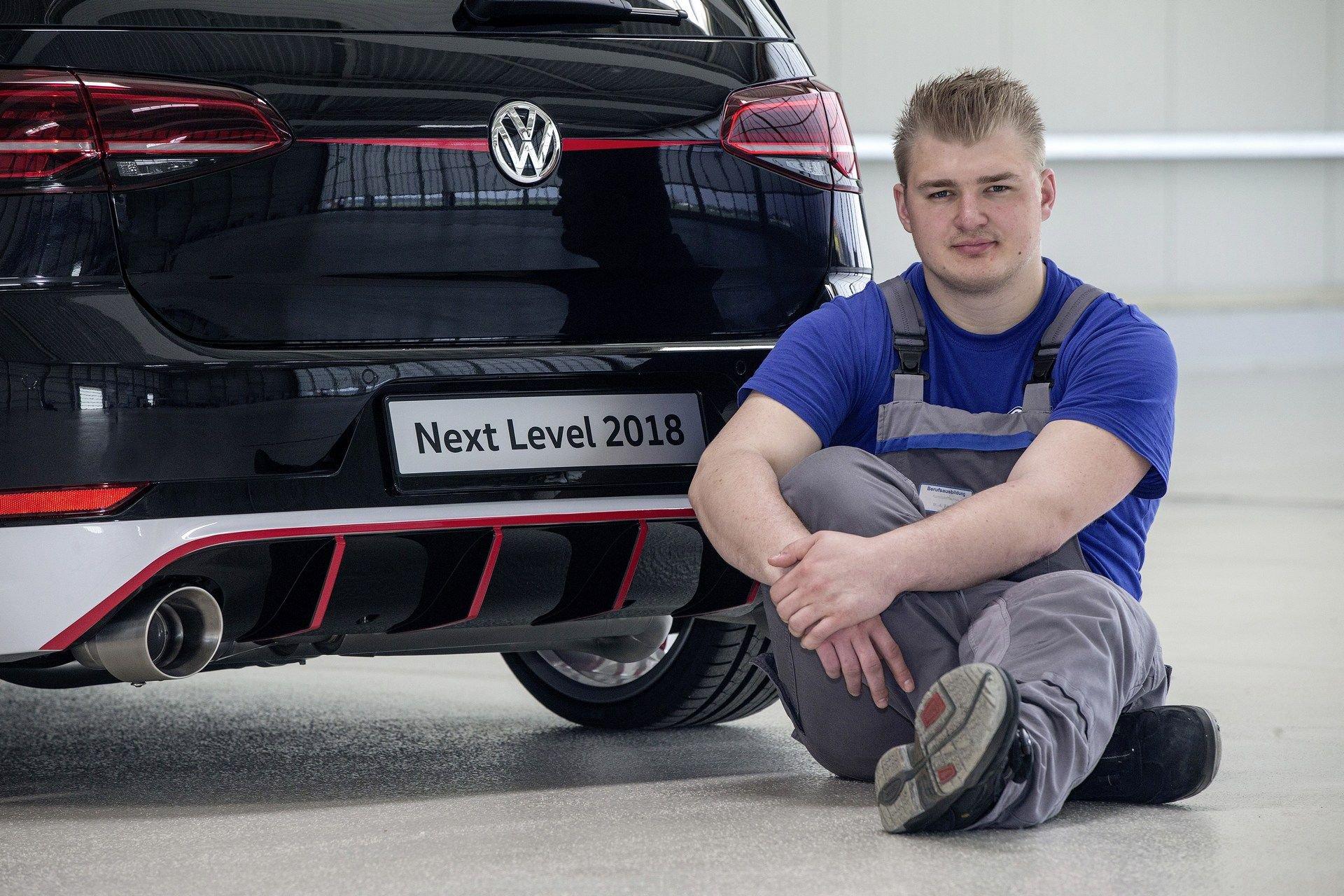 VW-Golf-GTI-Concept-16