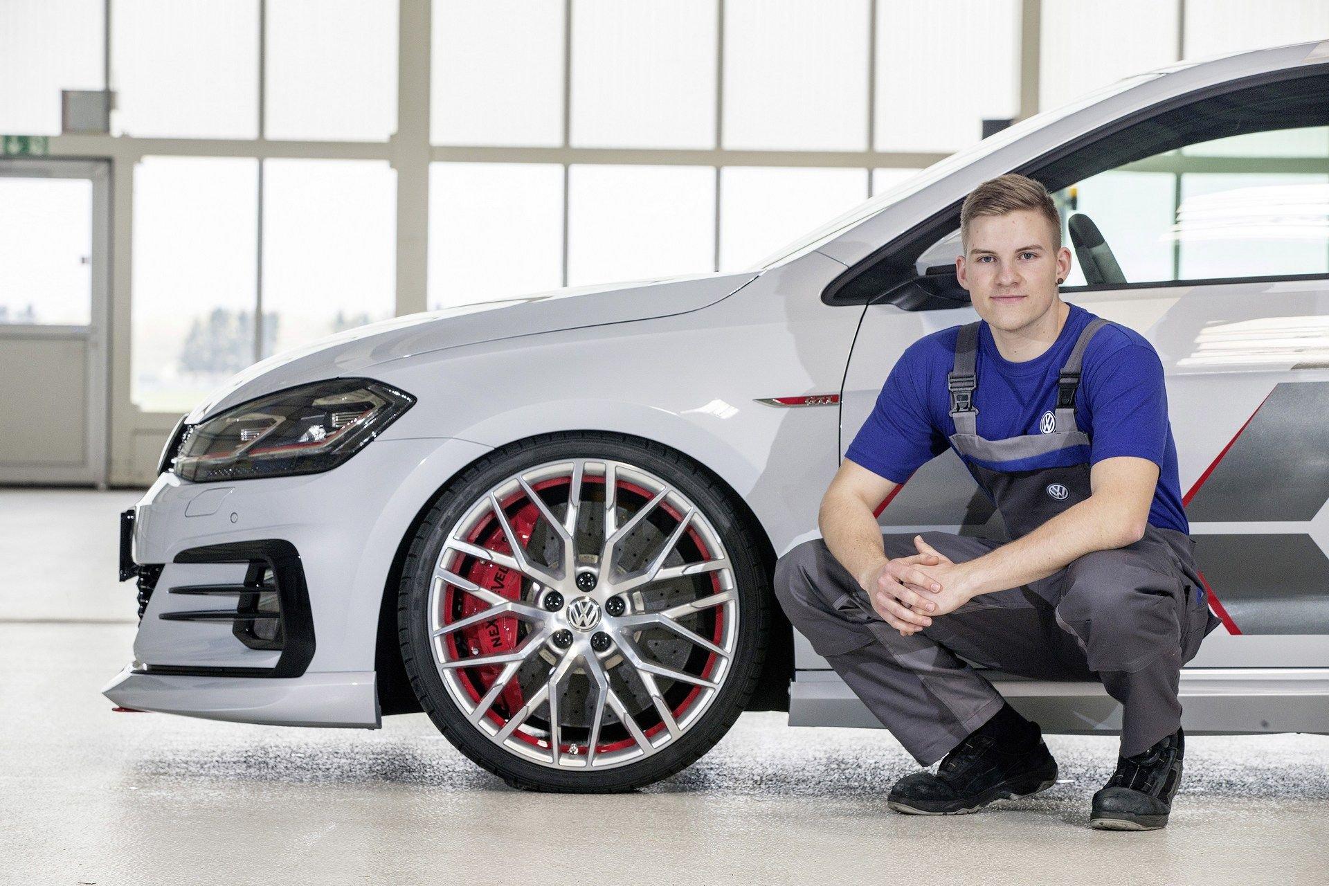 VW-Golf-GTI-Concept-17