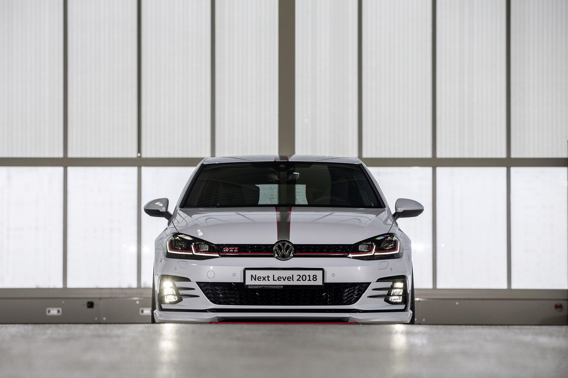 VW-Golf-GTI-Concept-24
