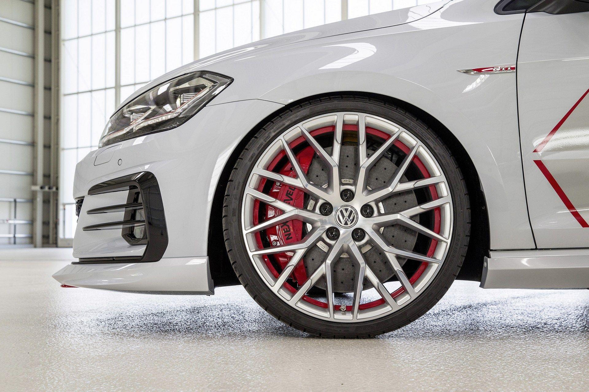 VW-Golf-GTI-Concept-30
