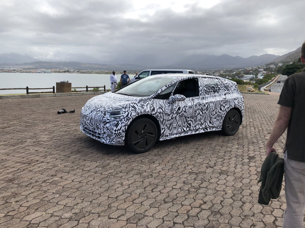 Volkswagen-ID-Hatchback-spy-photos
