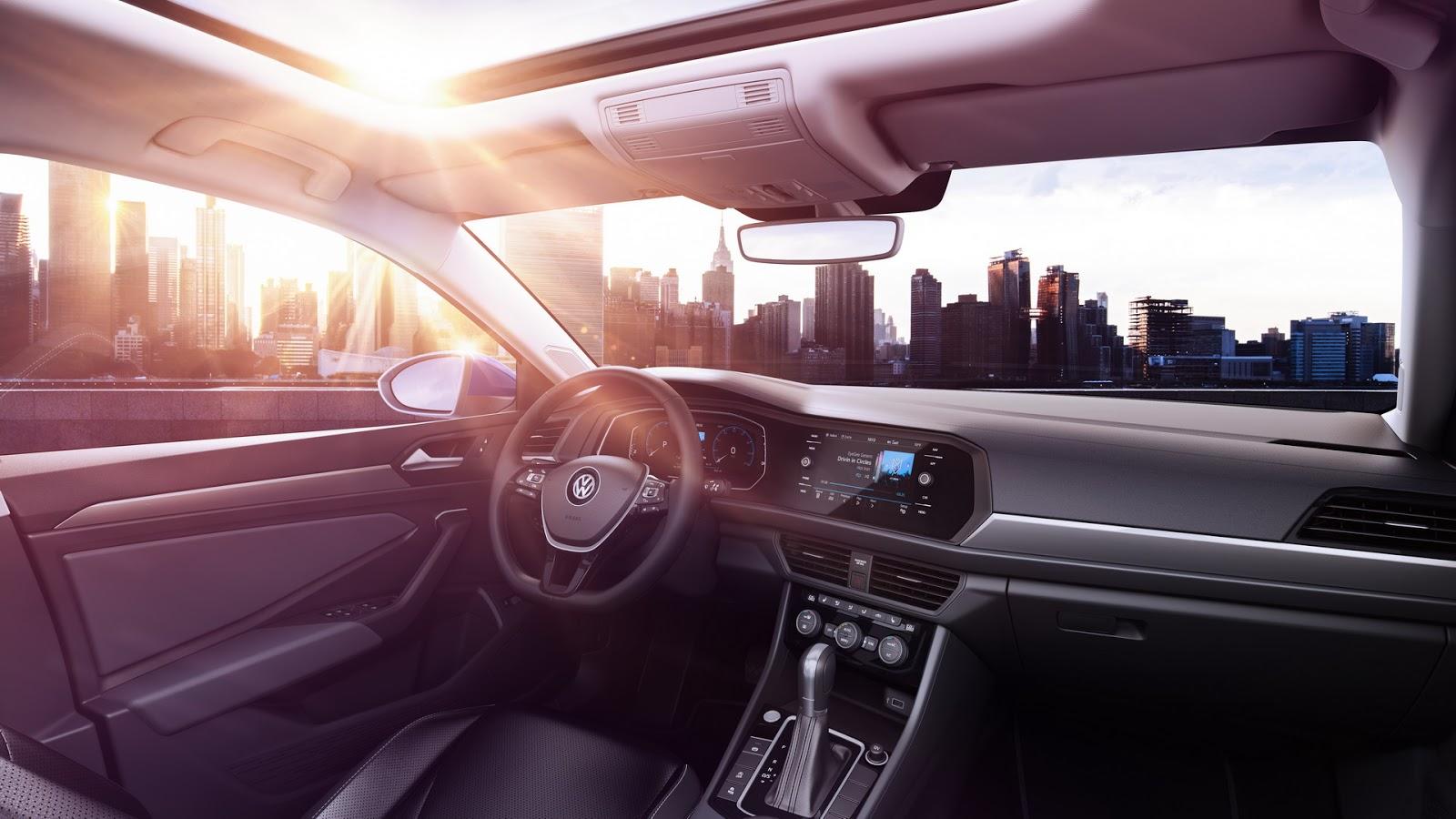 Volkswagen Jetta 2018 (13)