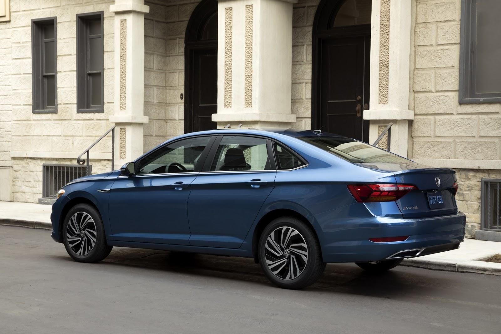 Volkswagen Jetta 2018 (20)
