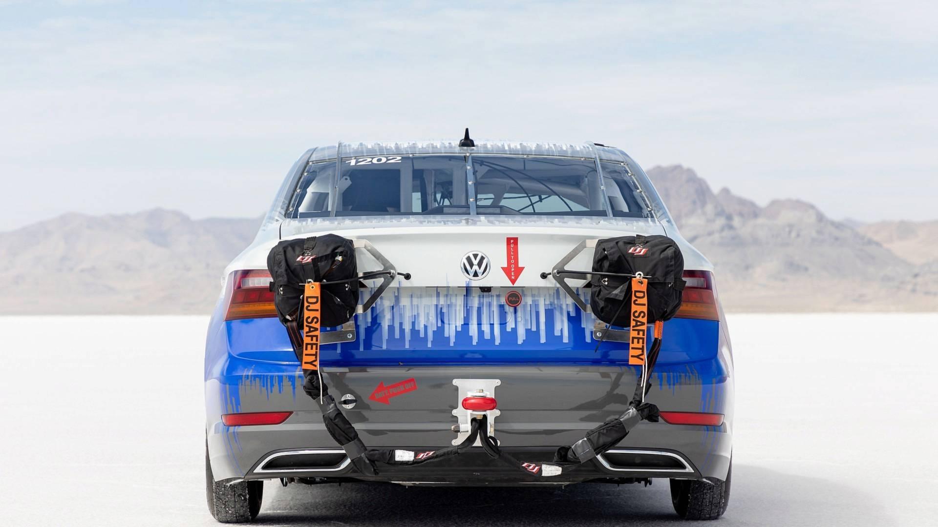 Volkswagen_Jetta_Bonneville_0009