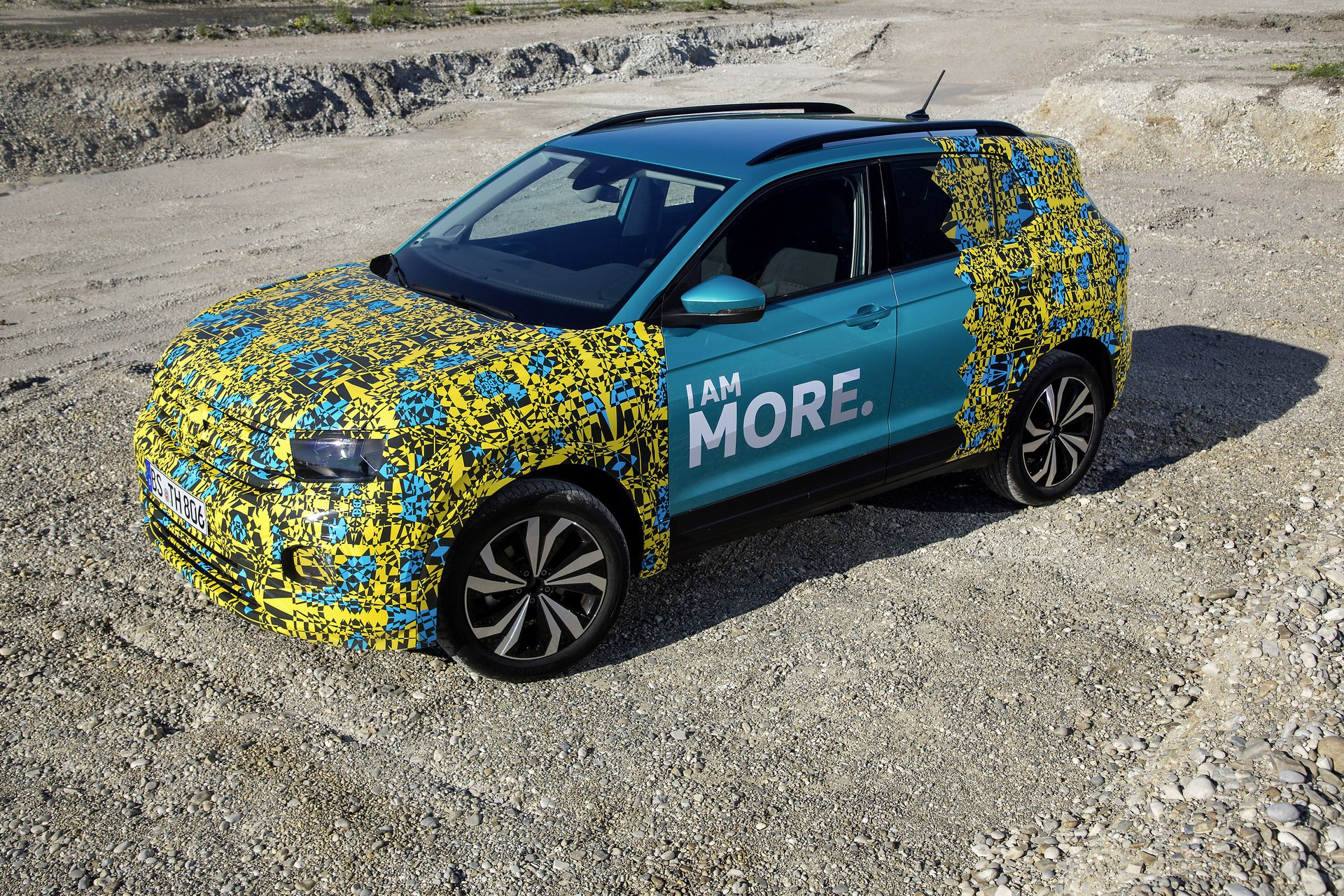 Volkswagen T-Cross Sneak Peak (1)