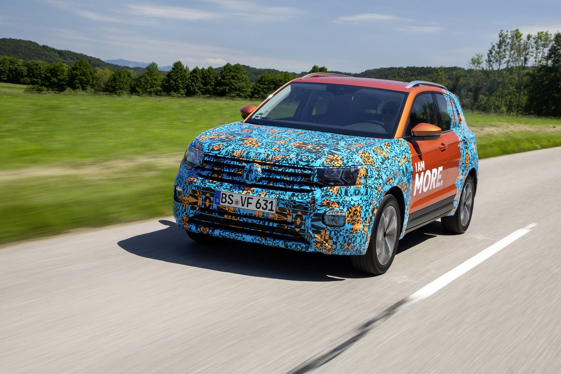 Volkswagen T-Cross Sneak Peak (16)