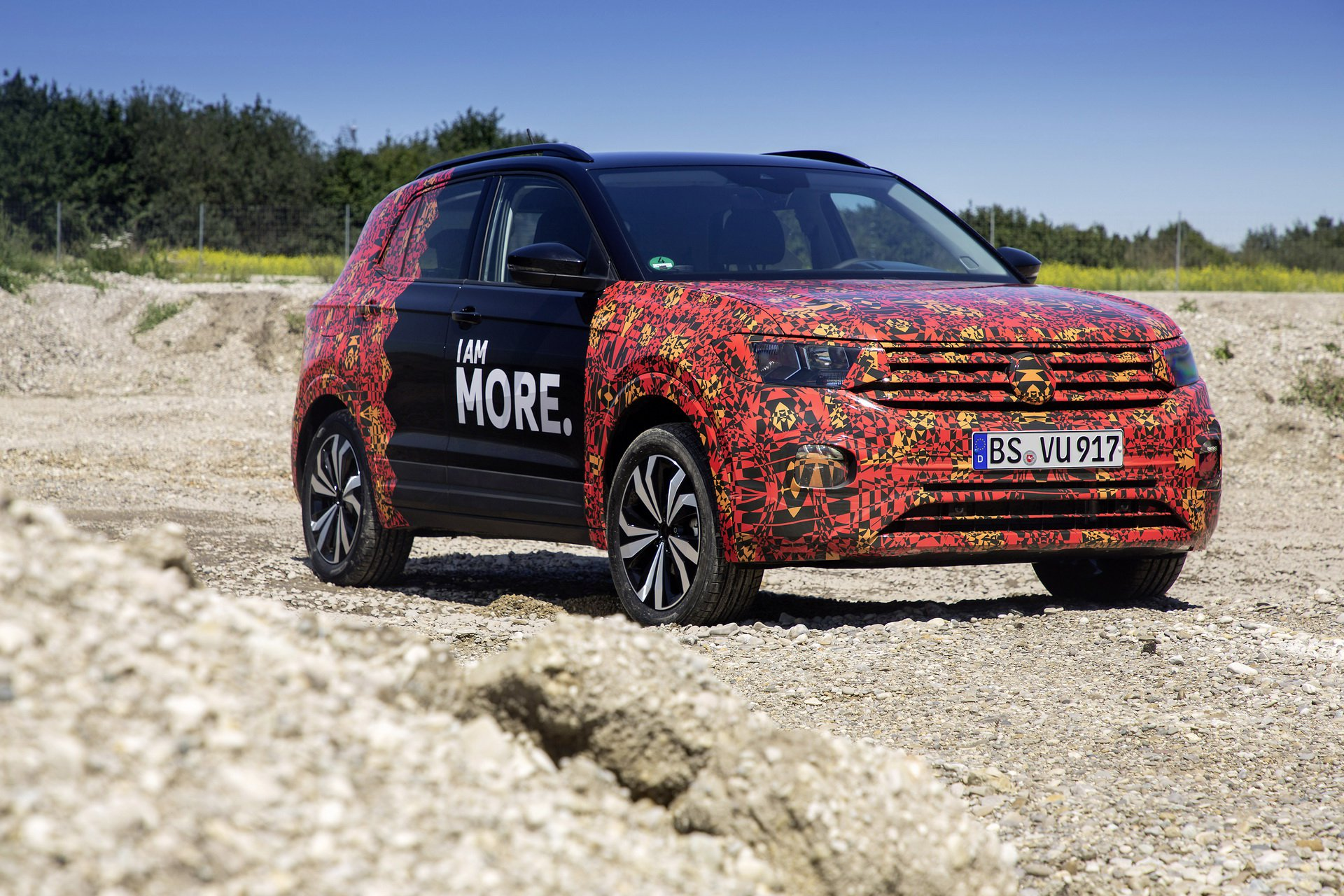 Volkswagen T-Cross Sneak Peak (19)