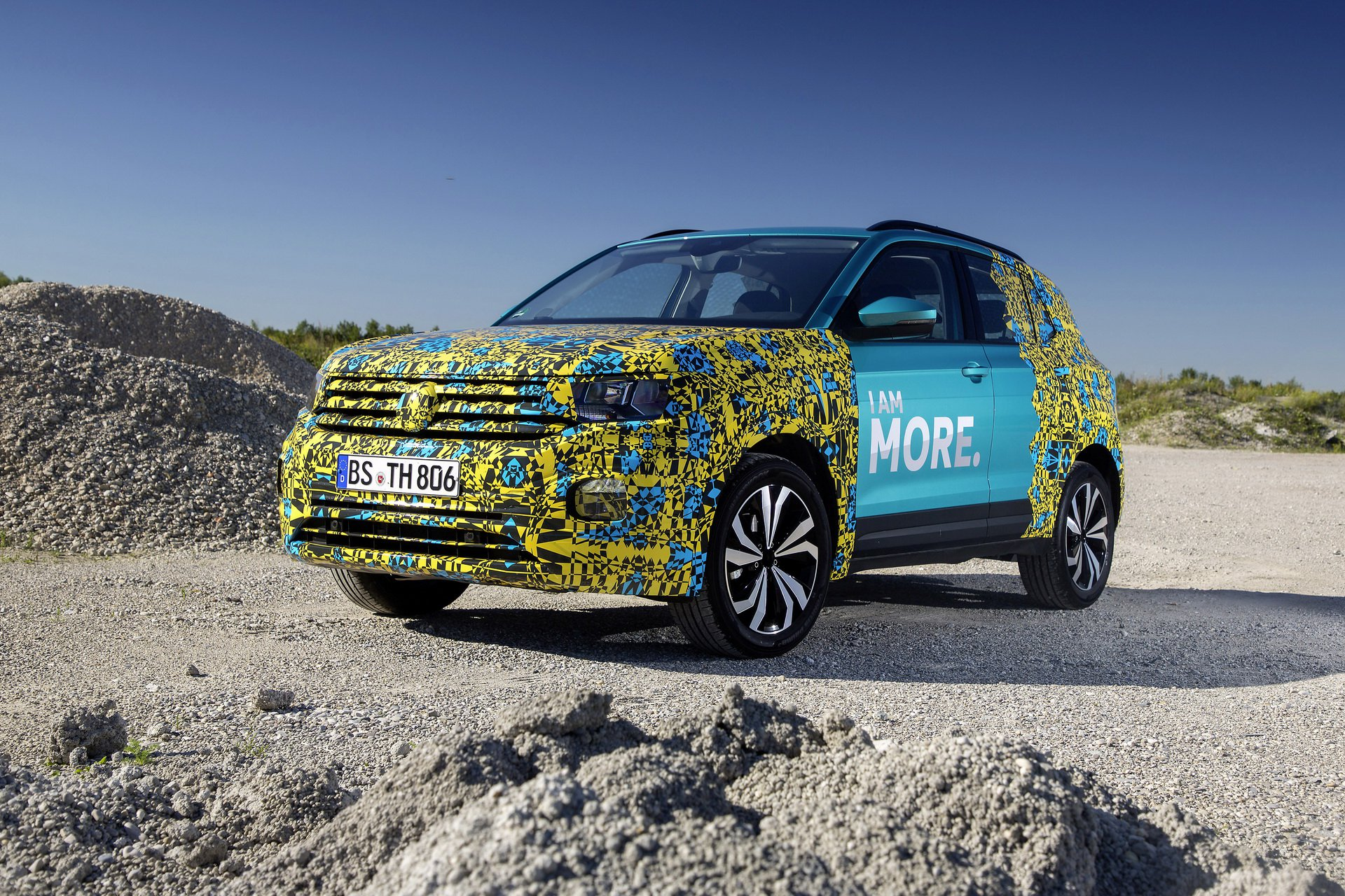 Volkswagen T-Cross Sneak Peak (2)