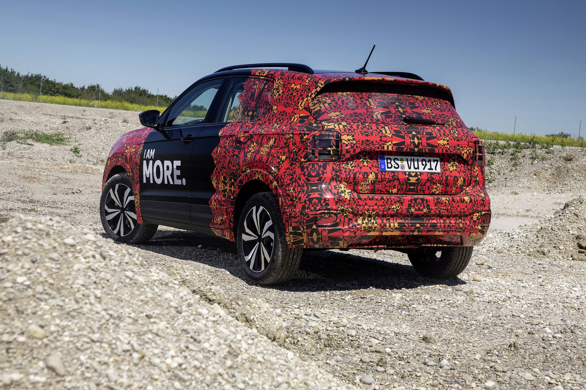 Volkswagen T-Cross Sneak Peak (20)