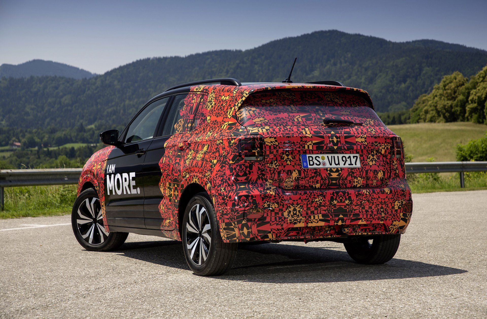 Volkswagen T-Cross Sneak Peak (24)