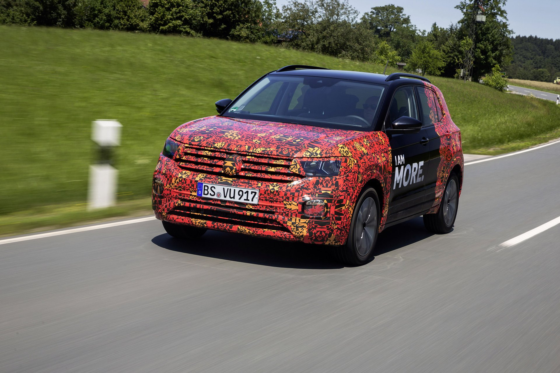 Volkswagen T-Cross Sneak Peak (25)