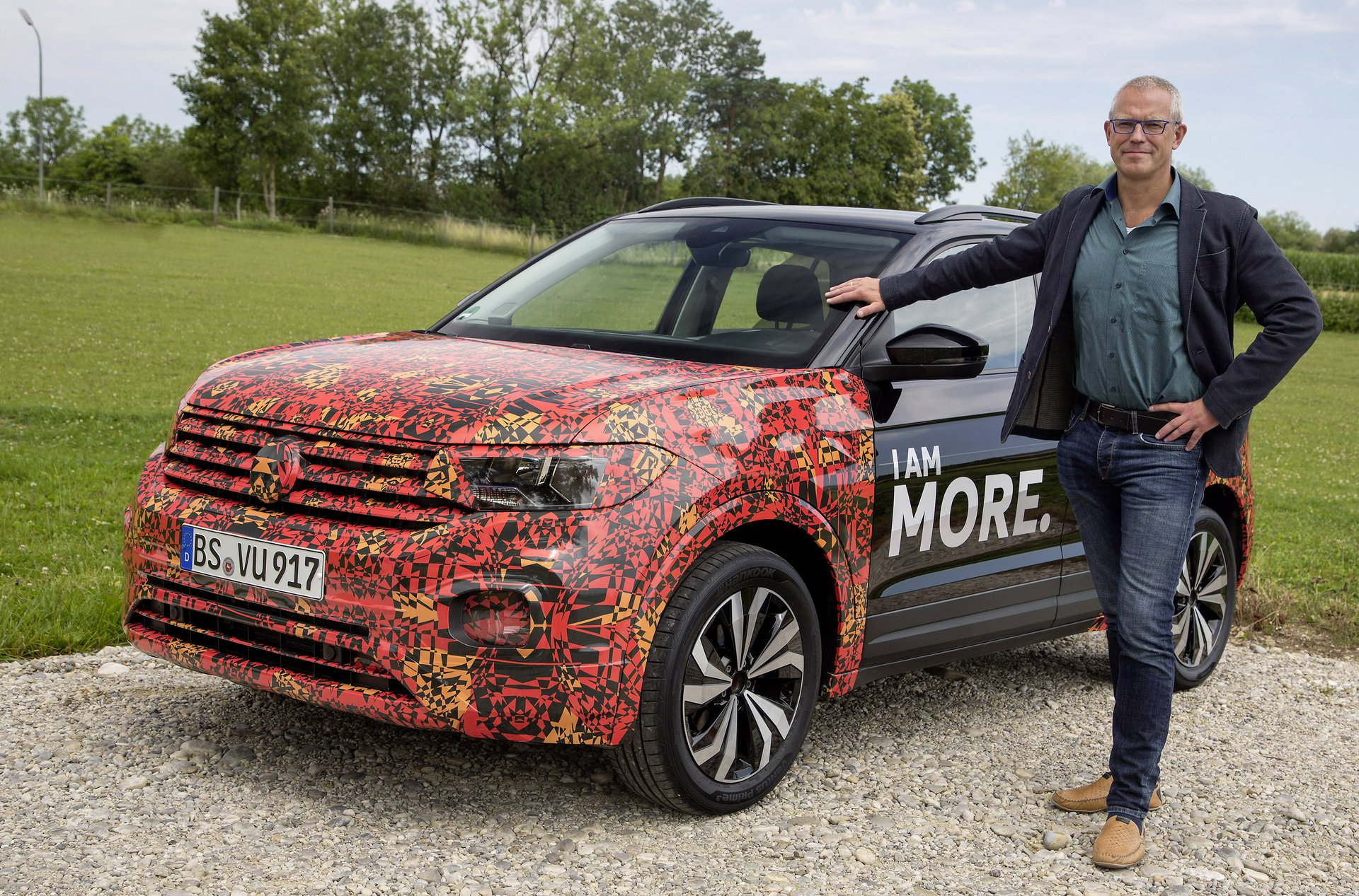 Volkswagen T-Cross Sneak Peak (28)