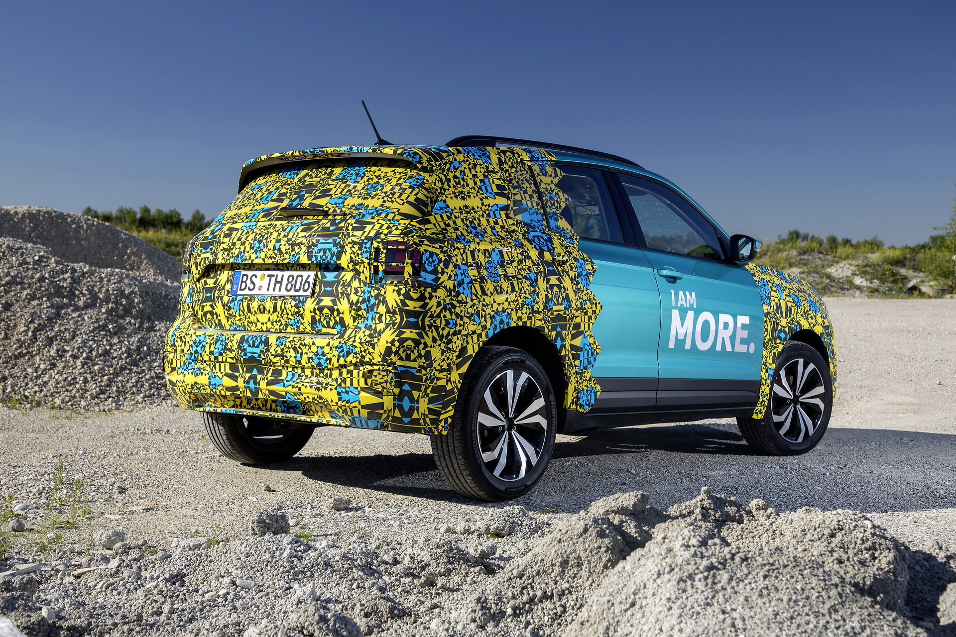Volkswagen T-Cross Sneak Peak (3)