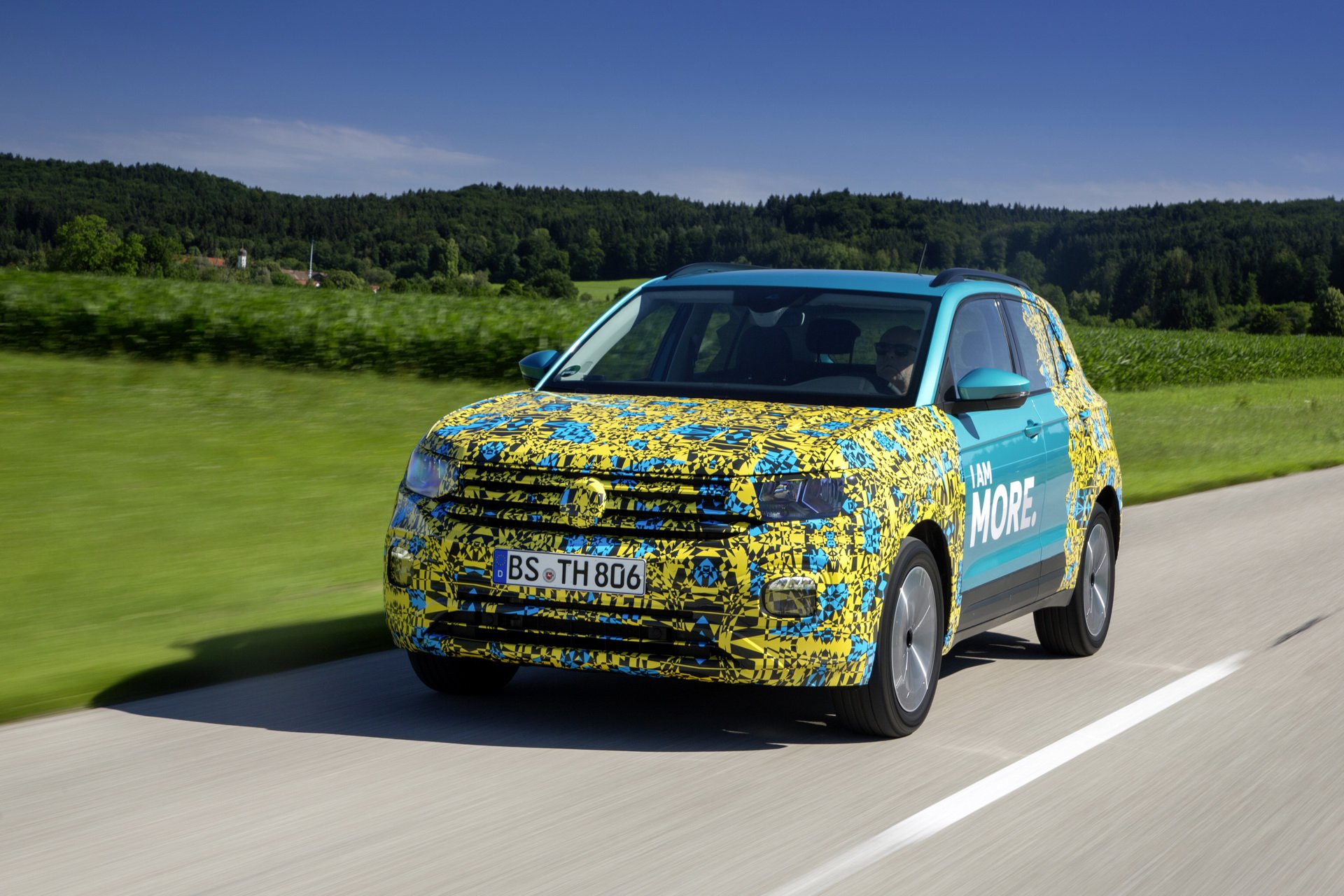 Volkswagen T-Cross Sneak Peak (32)