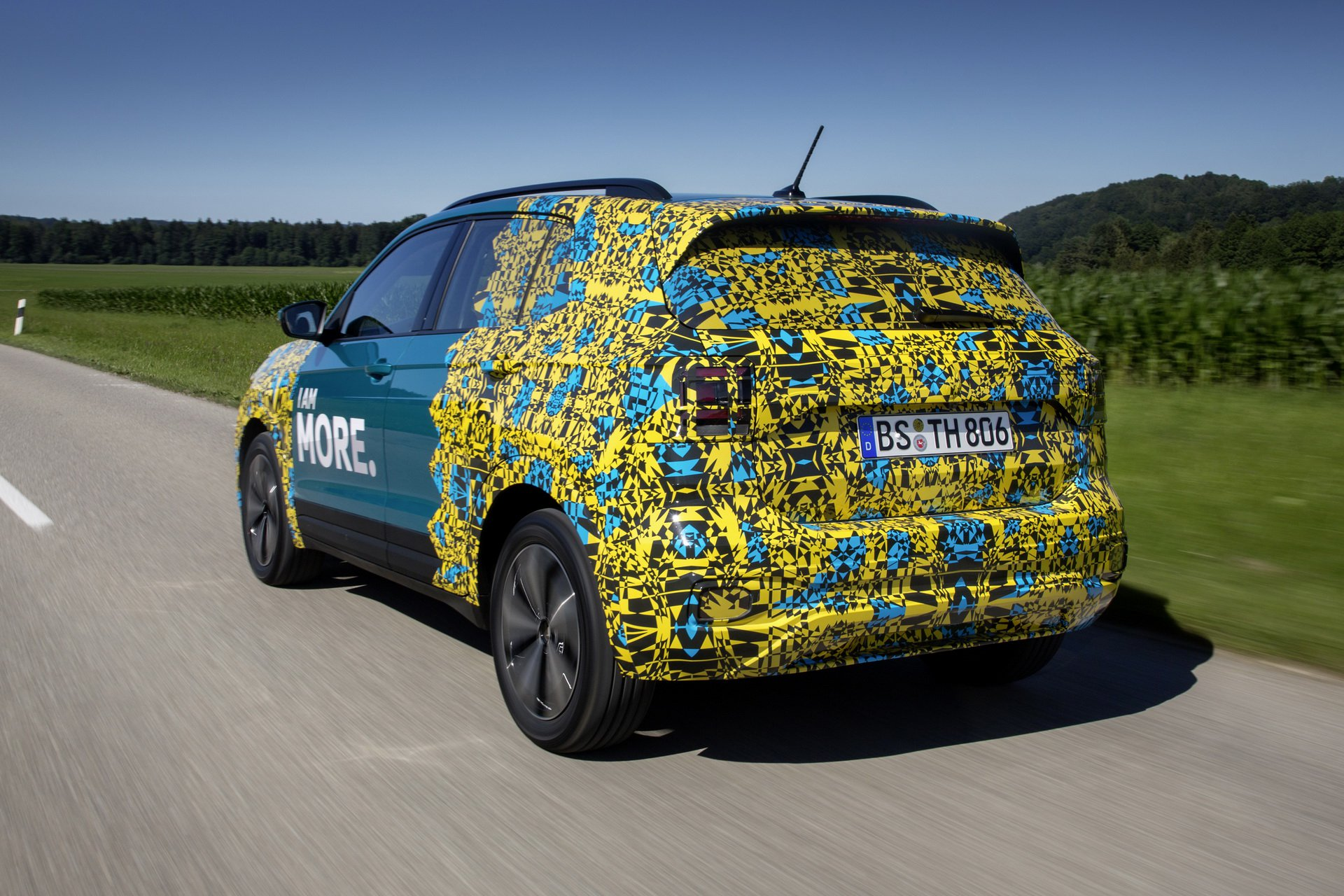 Volkswagen T-Cross Sneak Peak (33)