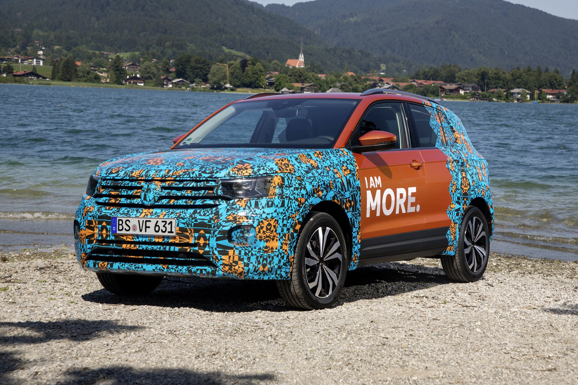 Volkswagen T-Cross Sneak Peak (34)