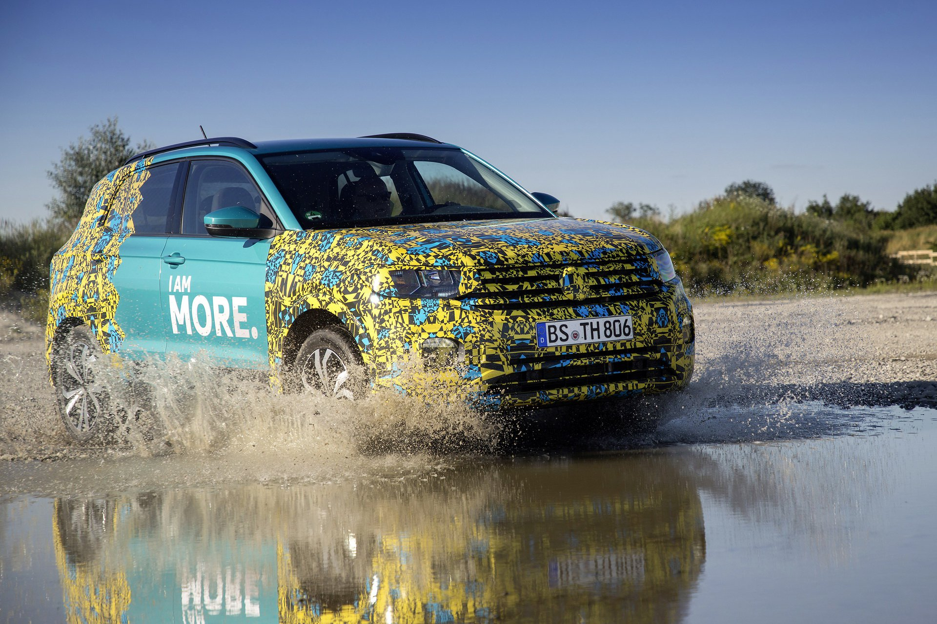 Volkswagen T-Cross Sneak Peak (7)