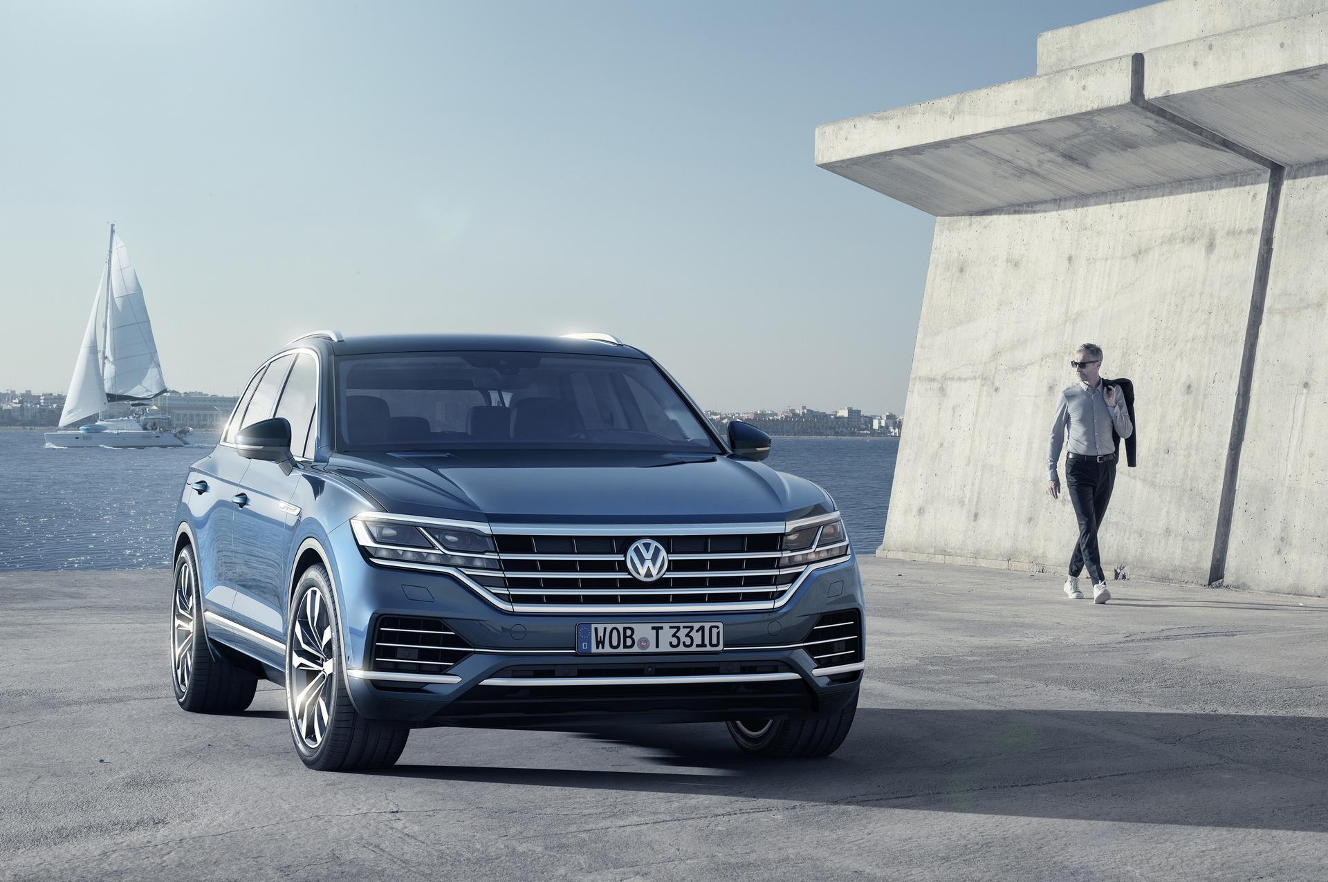 Volkswagen Touareg 2018 (12)