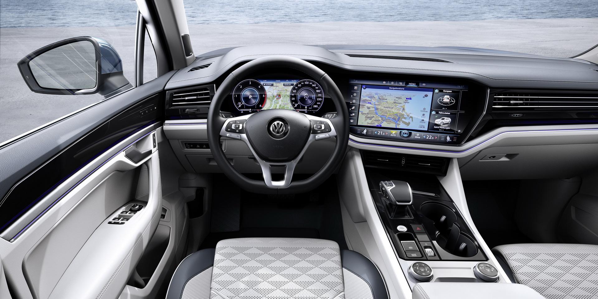 Volkswagen Touareg 2018 (20)