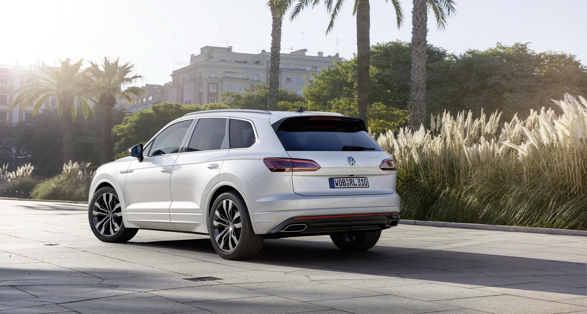 Volkswagen Touareg 2018 (22)