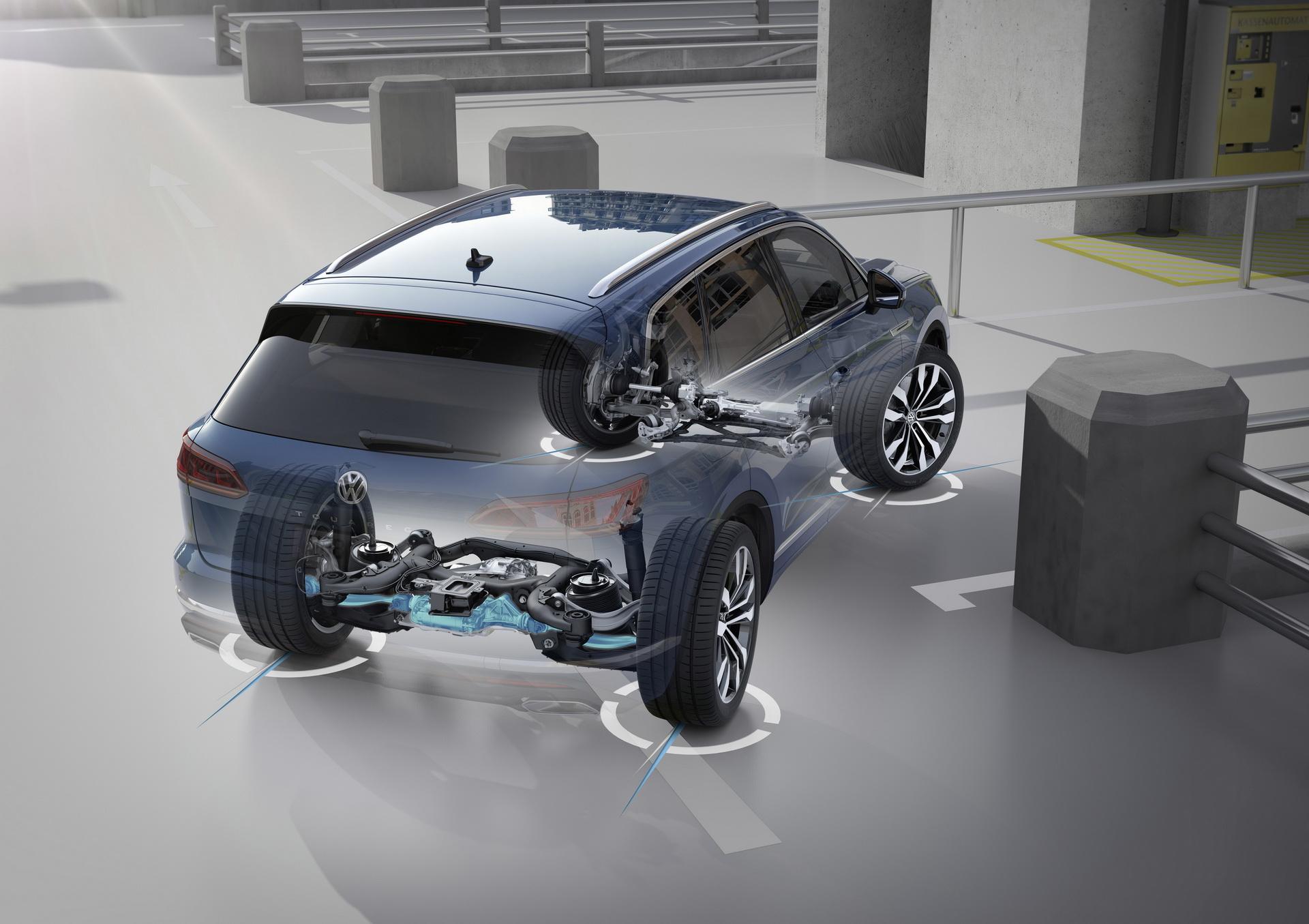 Volkswagen Touareg 2018 (34)