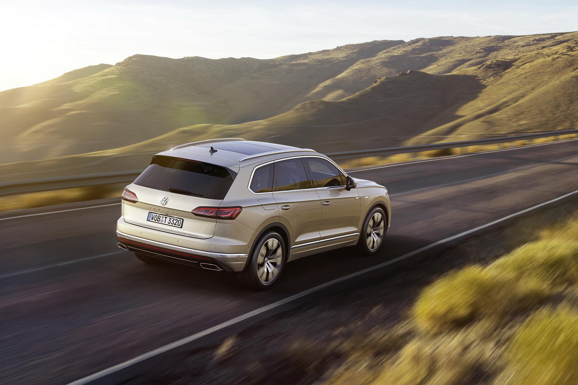 Volkswagen Touareg 2018 (8)