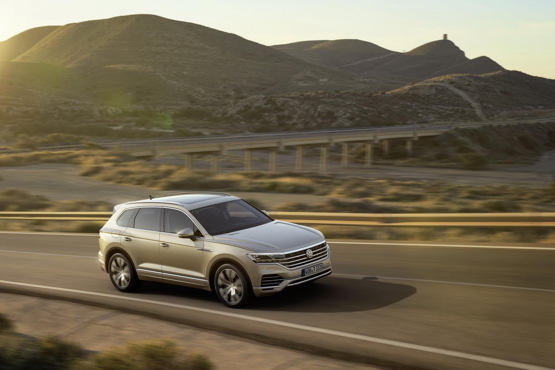 Volkswagen Touareg 2018 (9)