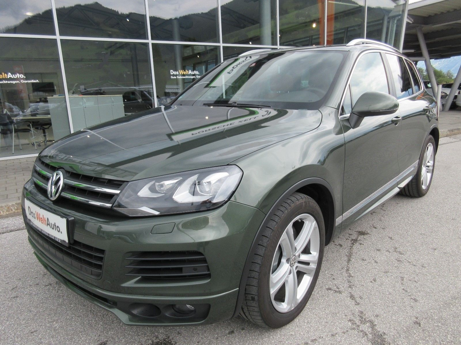Volkswagen Touareg with RS6 engine (1)
