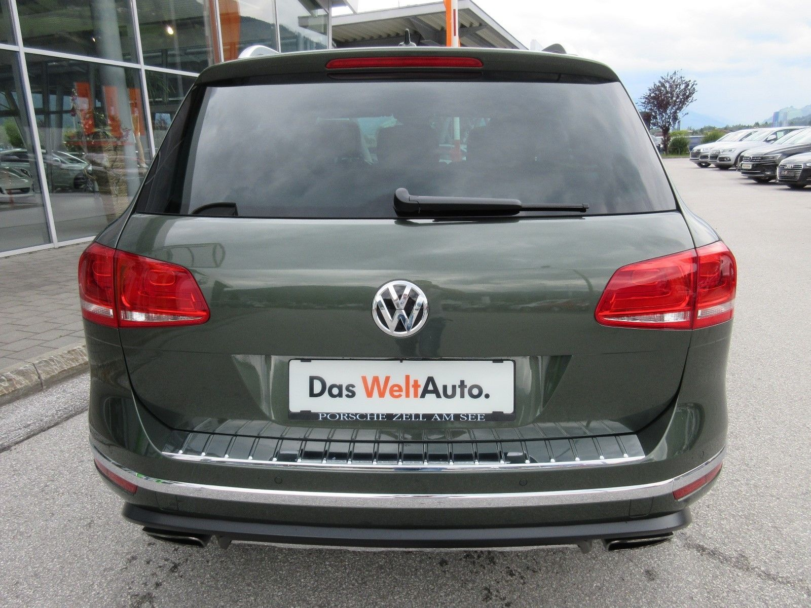 Volkswagen Touareg with RS6 engine (6)