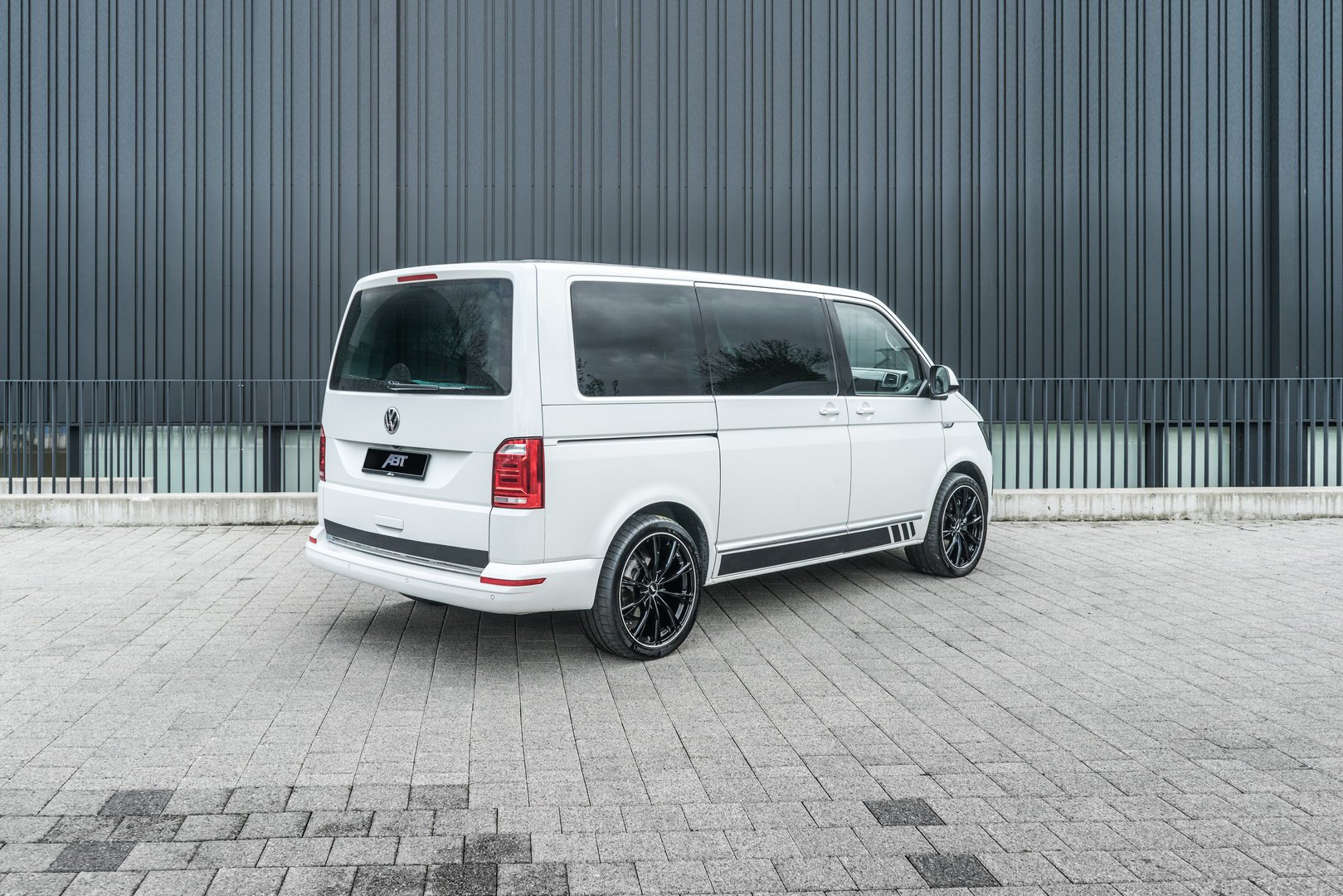 Volkswagen Transporter by ABT Sportsline (4)