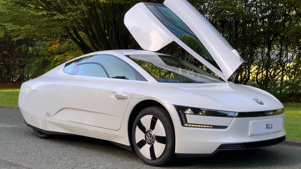 Volkswagen XL1 2014 (1)