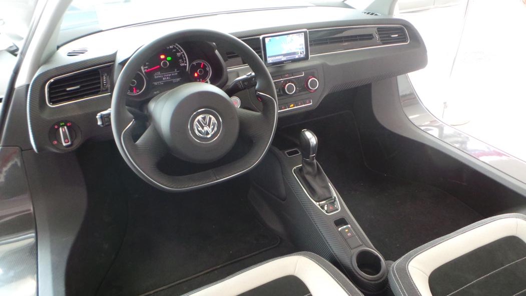 Volkswagen XL1 2014 (5)