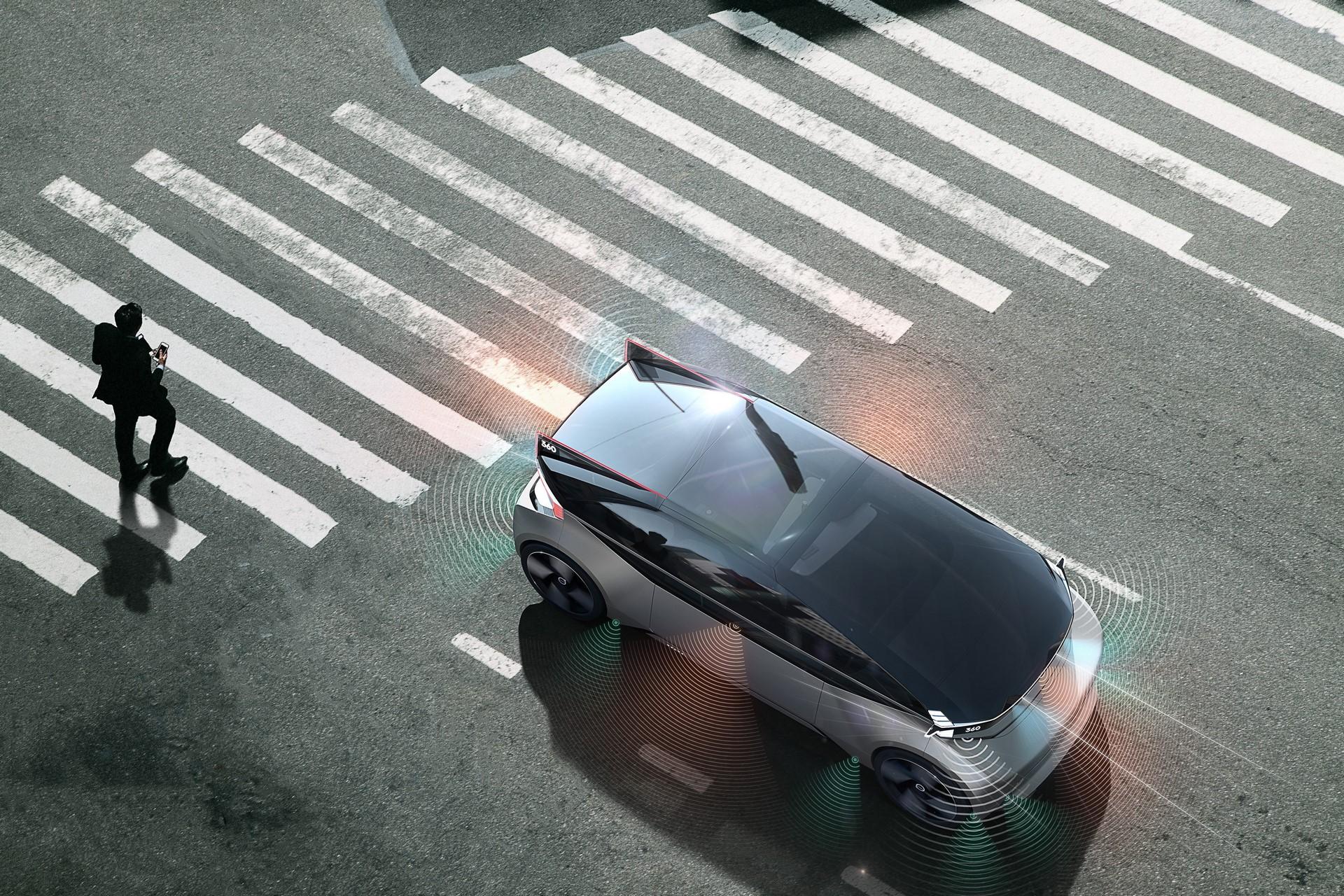 Volvo 360c Exterior Safety