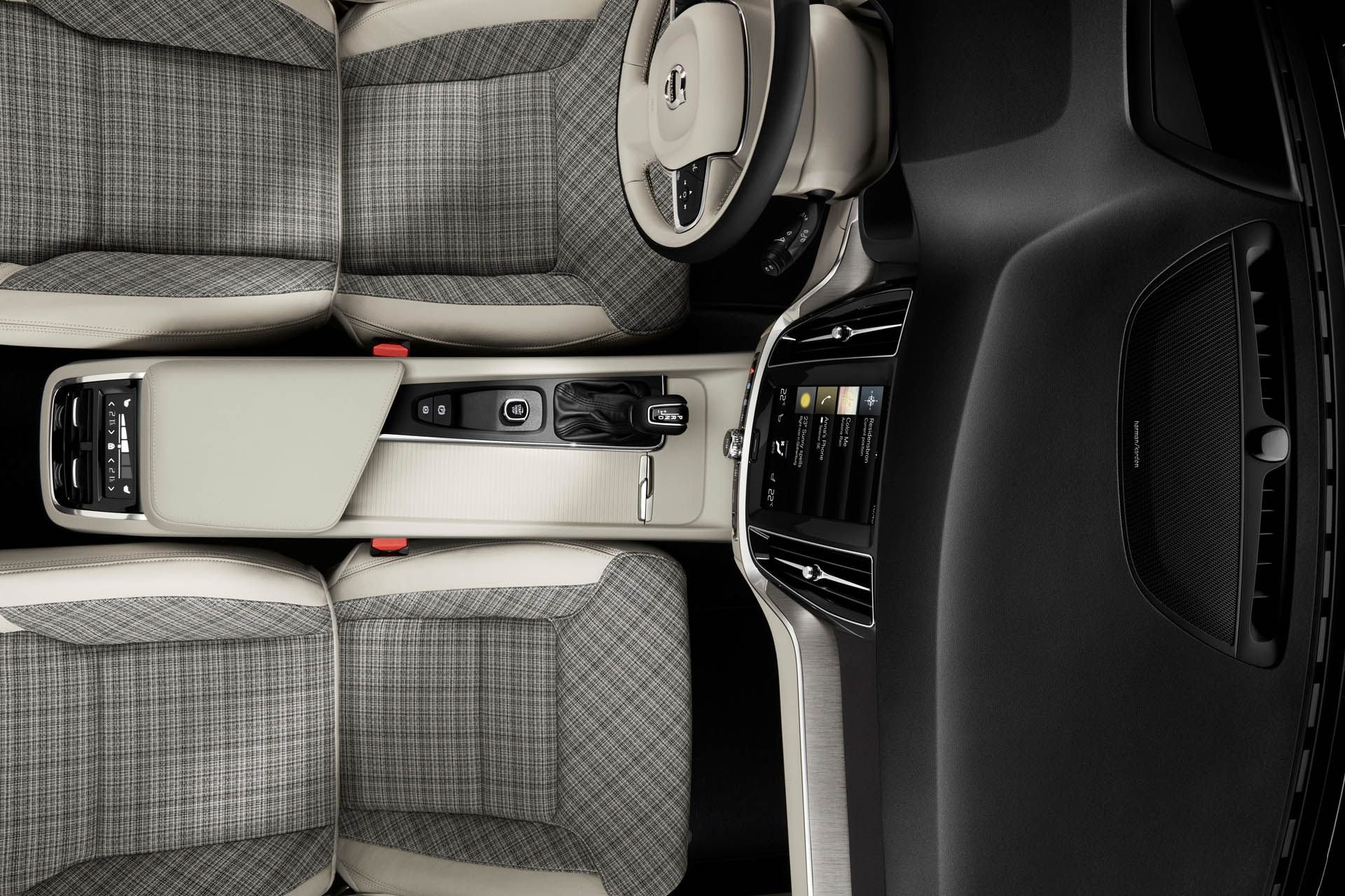 Volvo_V60_Plaid_Seats_0004