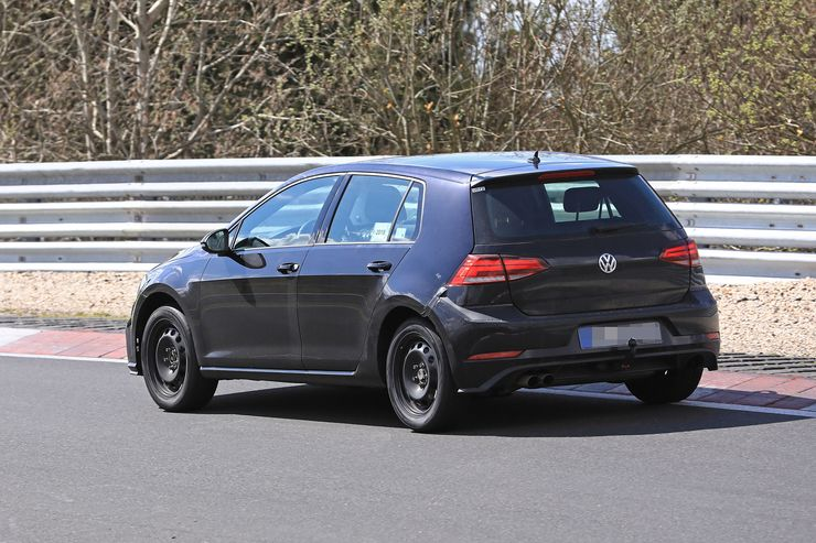 VW Golf 8 test mule (6)