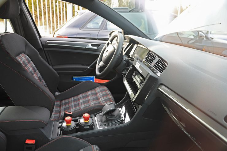 VW Golf 8 test mule (8)