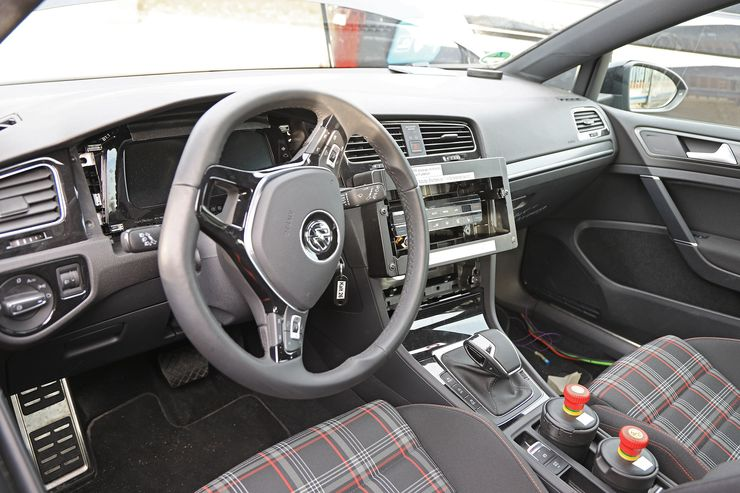 VW Golf 8 test mule (9)
