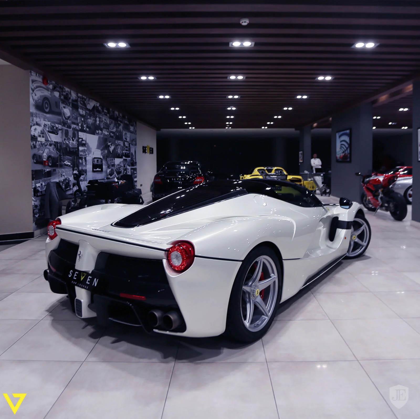 White LaFerrari Aperta for sale (4)