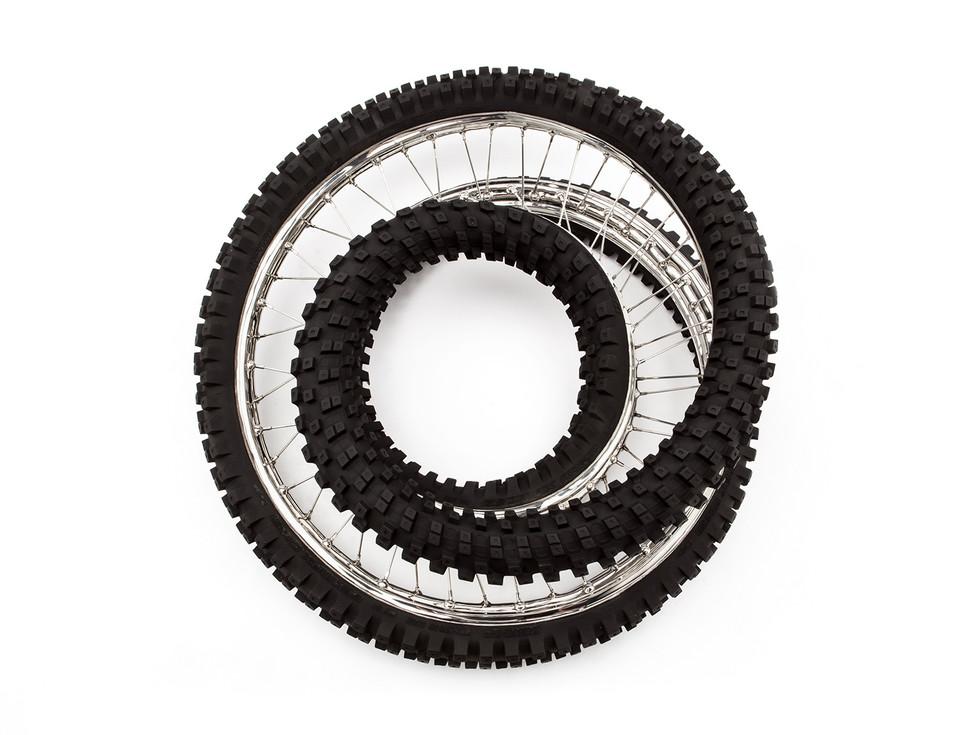 Wim Delvoye tyres (15)