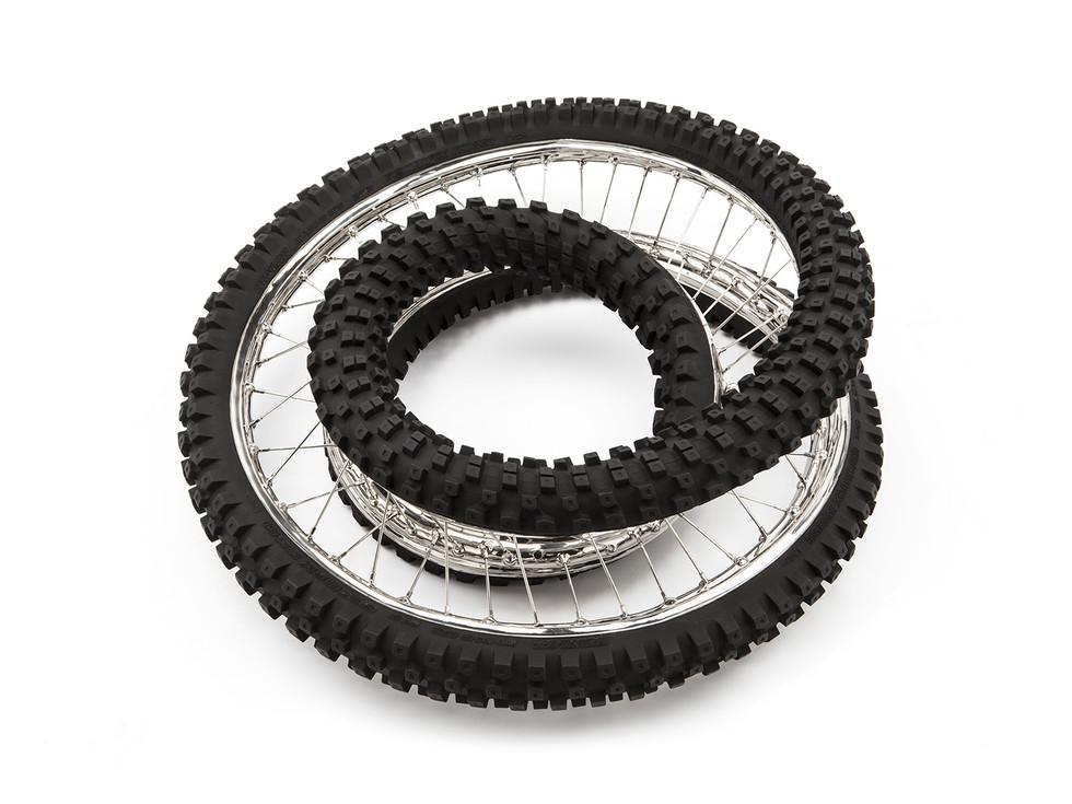Wim Delvoye tyres (16)