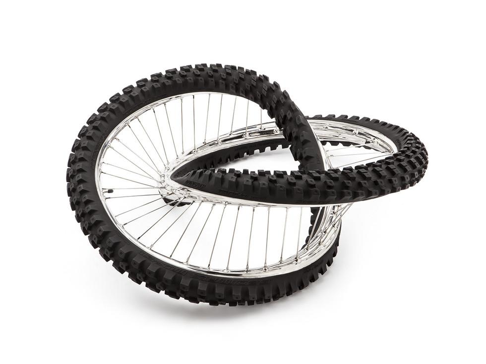 Wim Delvoye tyres (18)