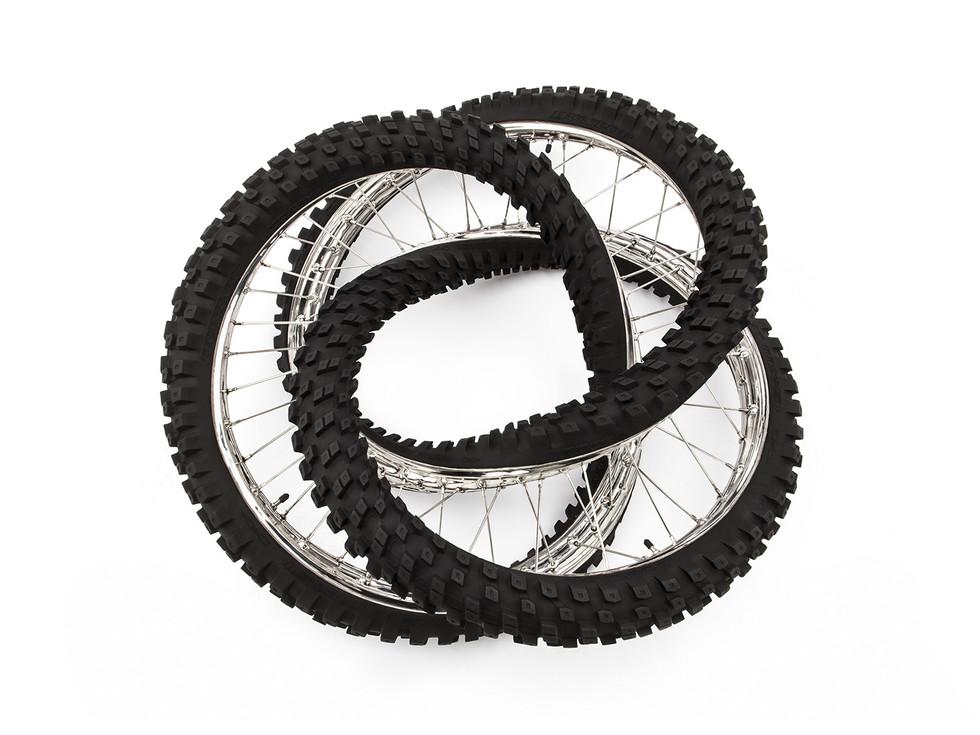 Wim Delvoye tyres (19)