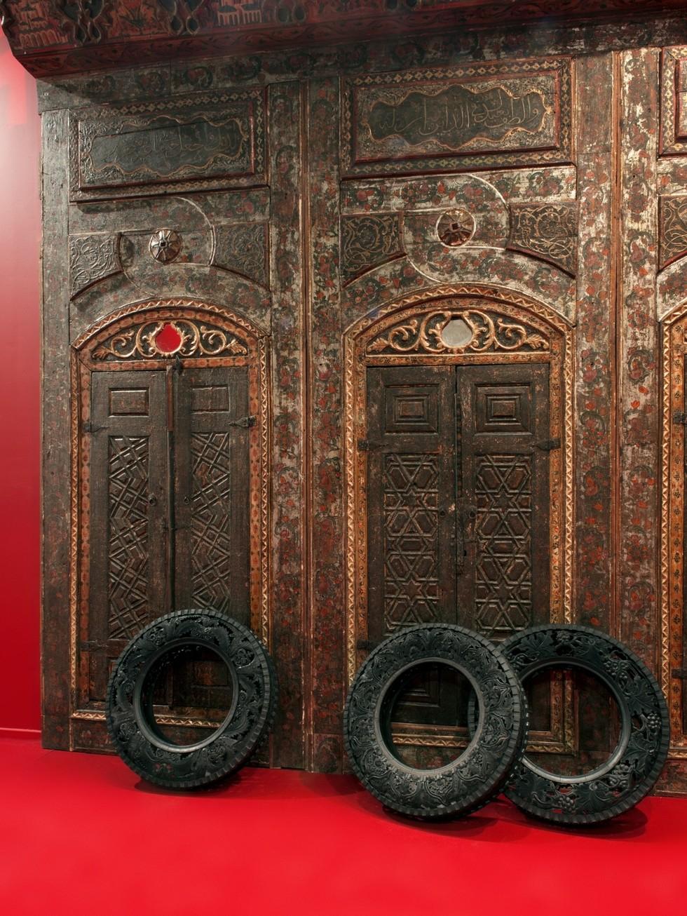 Wim Delvoye tyres (4)