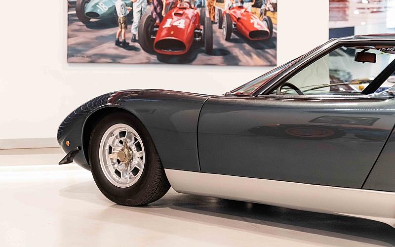 1972_Lamborghini_Miura_SV_0005
