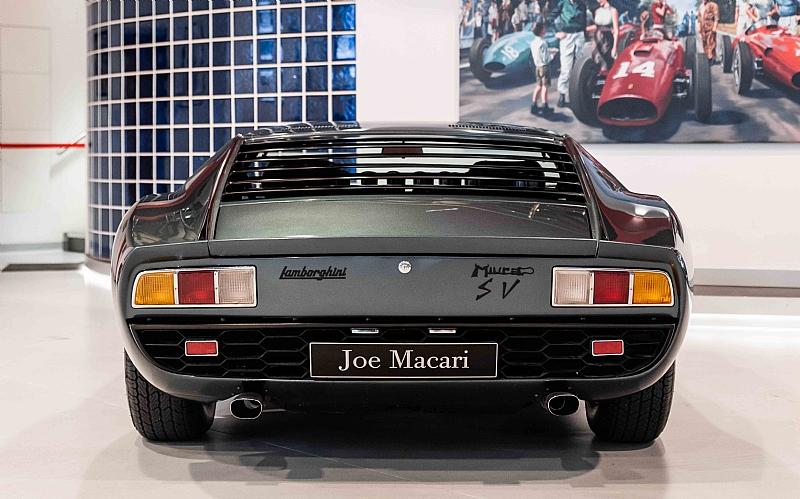 1972_Lamborghini_Miura_SV_0007