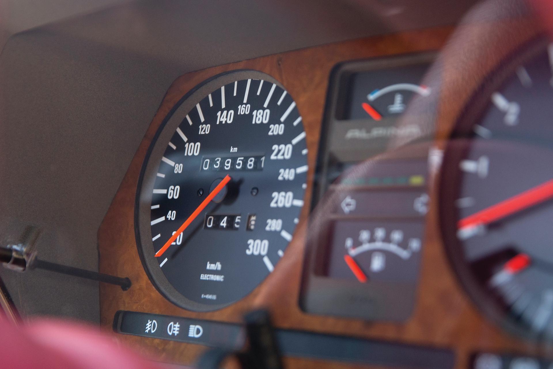 1987-BMW-Alpina-B7-Turbo-Coupe_3_9