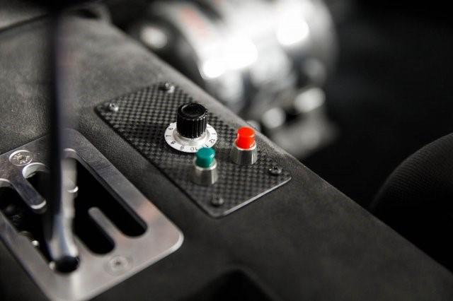 1992_Ferrari_F40_LM_Spec_0042