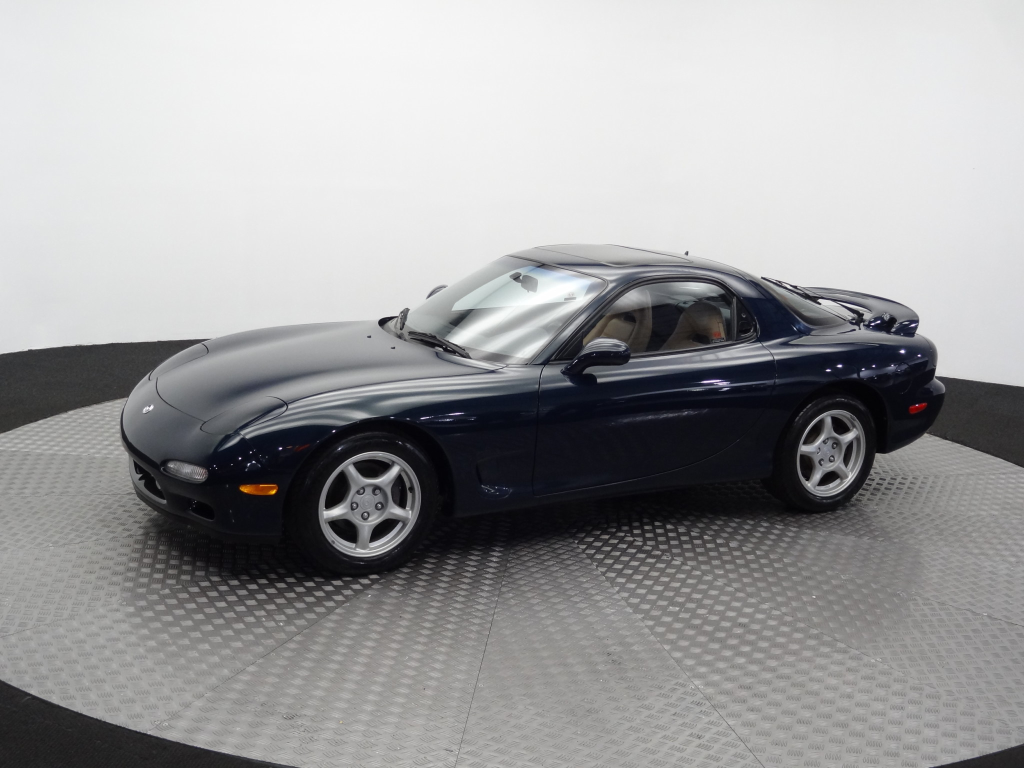 1994_Mazda_RX-7_for_sale_0008
