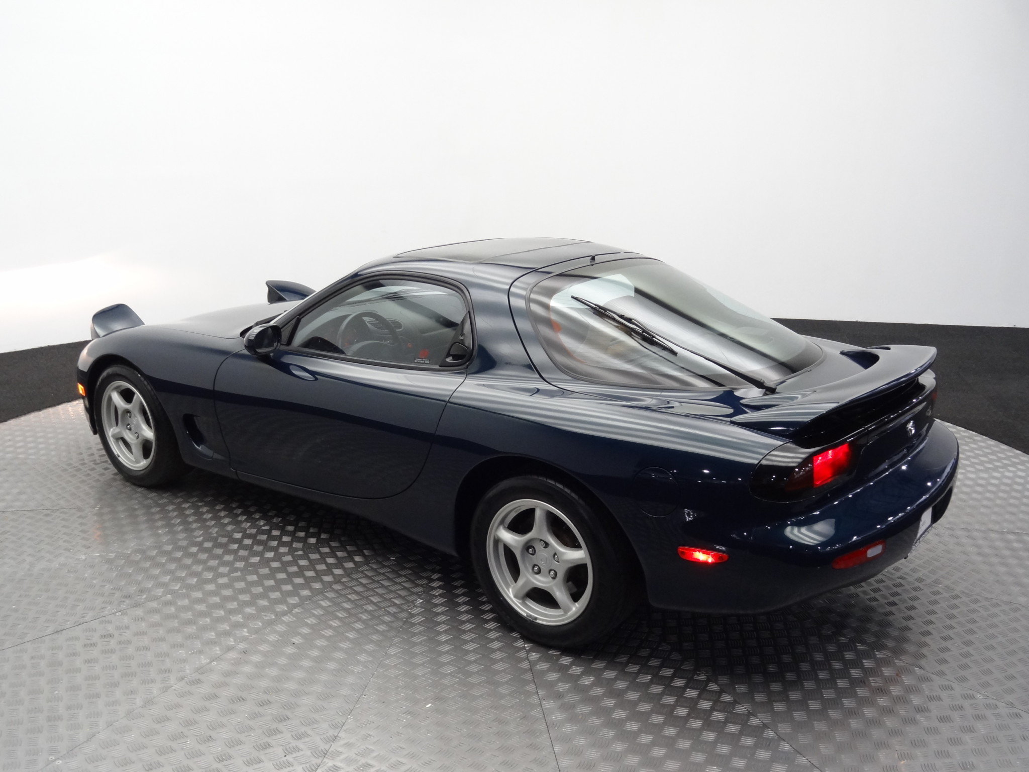 1994_Mazda_RX-7_for_sale_0028